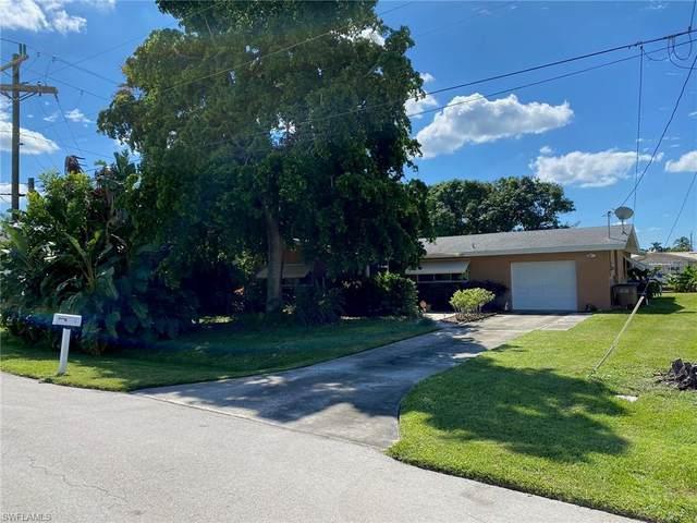 5256 Seminole Court, Cape Coral, FL 33904 (MLS #220066057) :: Eric Grainger | Engel & Volkers