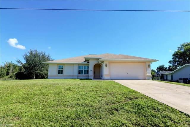 168 E Mariana Avenue, North Fort Myers, FL 33917 (#220066309) :: Jason Schiering, PA