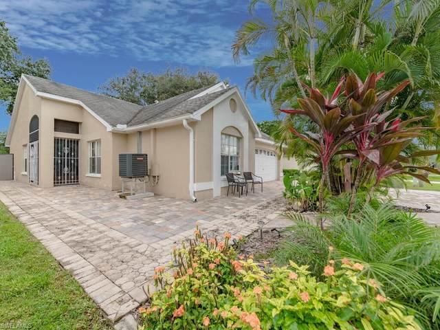 15298 Cricket Lane, Fort Myers, FL 33919 (#220066352) :: Southwest Florida R.E. Group Inc