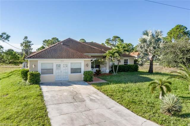 2921 19th Street SW, Lehigh Acres, FL 33976 (MLS #220066369) :: #1 Real Estate Services