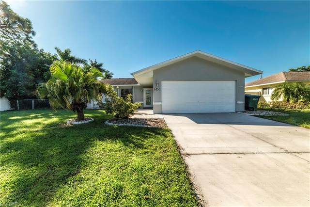 310 SE 17th Terrace, Cape Coral, FL 33990 (MLS #220066696) :: Avantgarde