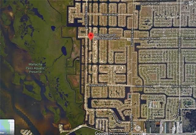 723 NW 39th Avenue, Cape Coral, FL 33993 (MLS #220066787) :: #1 Real Estate Services
