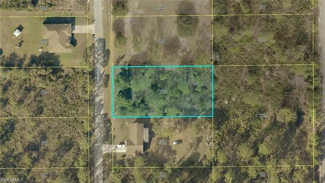 1008 Willard Avenue, Lehigh Acres, FL 33972 (#220067108) :: Southwest Florida R.E. Group Inc