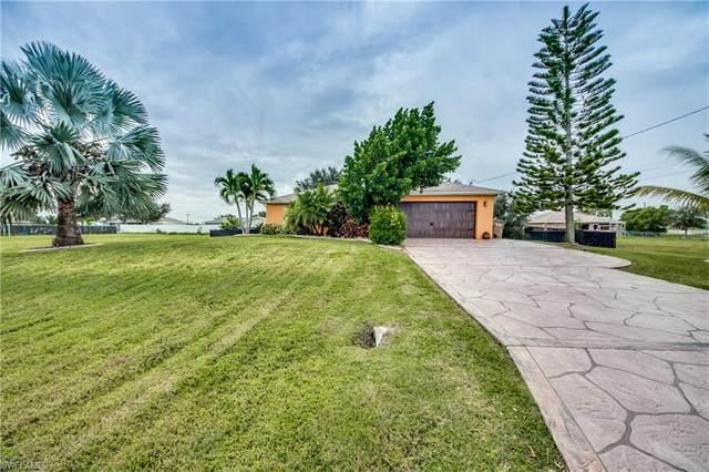 330 NE 15th Street, Cape Coral, FL 33909 (#220067249) :: The Dellatorè Real Estate Group