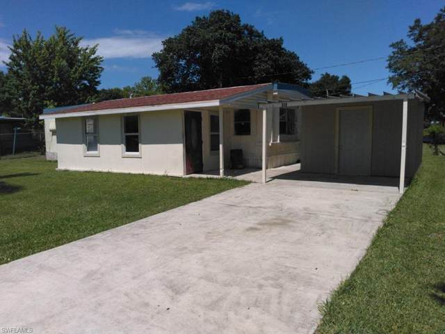 215 Pinecrest Avenue NW, Moore Haven, FL 33471 (MLS #220067350) :: #1 Real Estate Services
