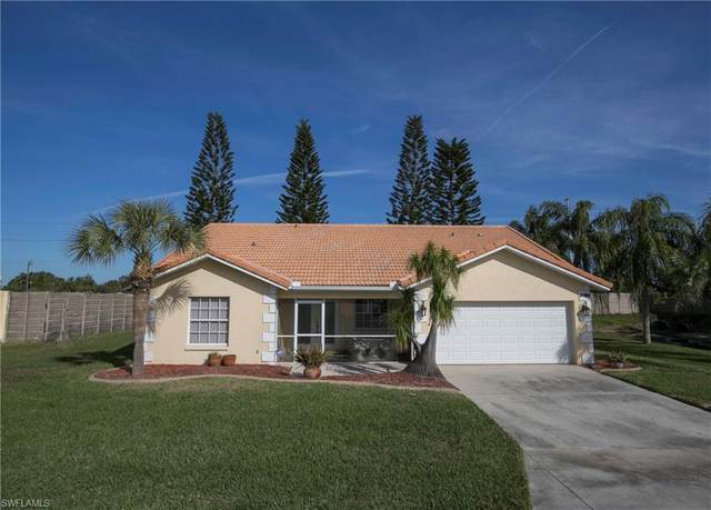 3780 Sabal Springs Boulevard, North Fort Myers, FL 33917 (MLS #220067385) :: Kris Asquith's Diamond Coastal Group