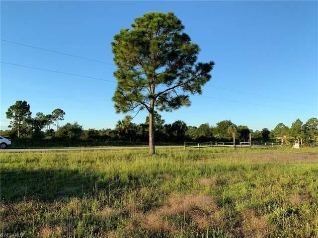 657 Hunting Club Avenue, MONTURA RANCHES, FL 33440 (#220067479) :: The Dellatorè Real Estate Group