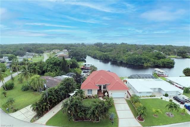1298 Thompson Street, North Fort Myers, FL 33903 (#220067611) :: The Dellatorè Real Estate Group