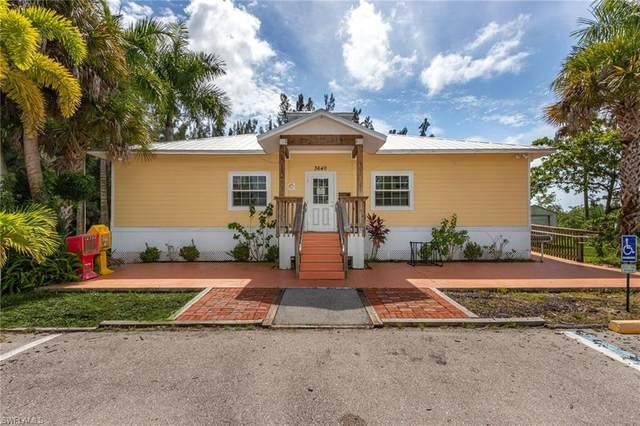 3640 SW Pine Island Road, Cape Coral, FL 33991 (#220067684) :: The Dellatorè Real Estate Group