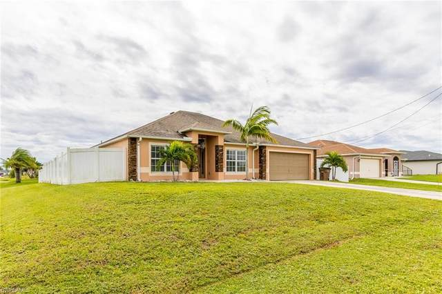 316 NW 19th Terrace, Cape Coral, FL 33993 (MLS #220067836) :: RE/MAX Realty Team