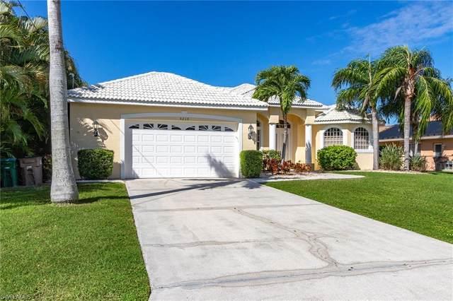5210 SW 11th Avenue, Cape Coral, FL 33914 (MLS #220067974) :: Team Swanbeck