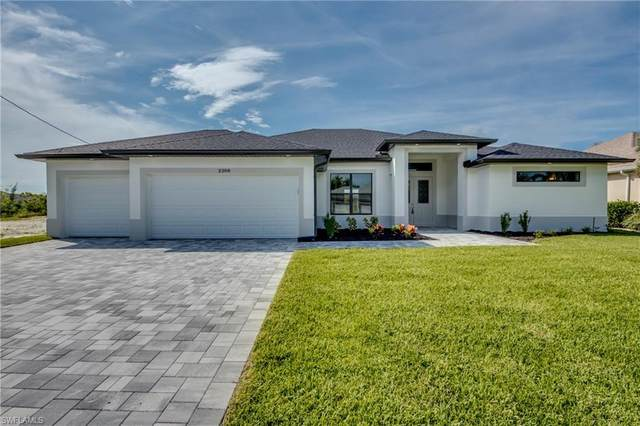 2629 SW 28th Terrace, Cape Coral, FL 33914 (MLS #220067978) :: Uptown Property Services