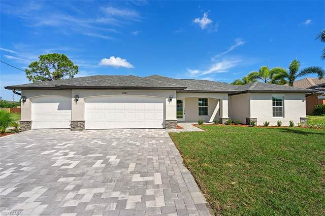 917 NW 7th Avenue, Cape Coral, FL 33993 (MLS #220068056) :: Team Swanbeck