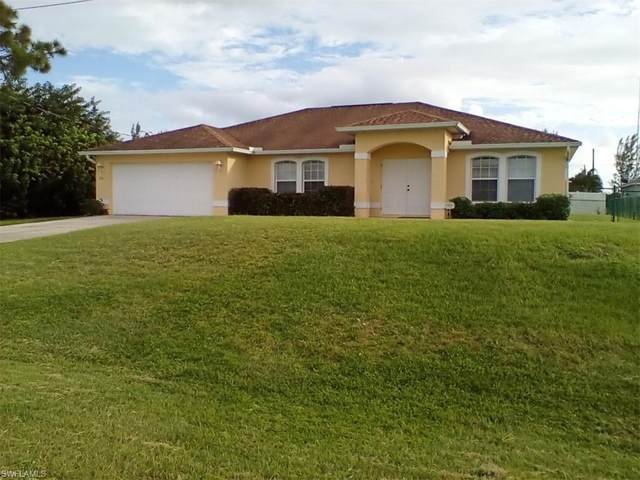 1826 NW 21st Terrace, Cape Coral, FL 33993 (MLS #220068103) :: Eric Grainger | Engel & Volkers