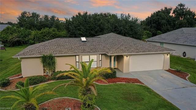 26530 Barranquilla Avenue, Punta Gorda, FL 33983 (#220068125) :: The Dellatorè Real Estate Group