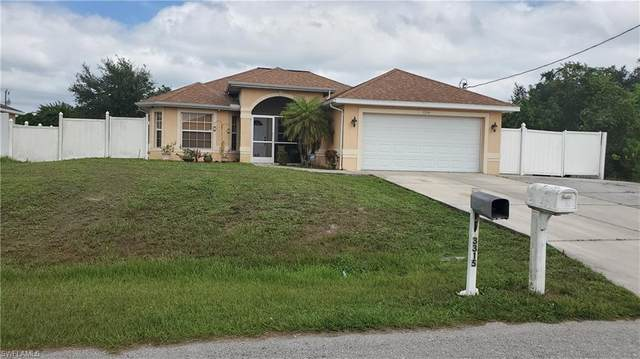 3314 37th Street SW, Lehigh Acres, FL 33976 (MLS #220068298) :: Team Swanbeck