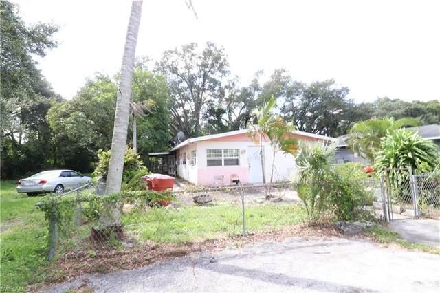 2640 Saint Charles Street, Fort Myers, FL 33916 (MLS #220068304) :: Clausen Properties, Inc.
