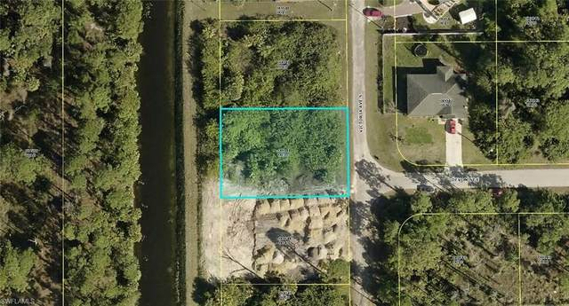 214 Victoria Avenue S, Lehigh Acres, FL 33974 (MLS #220069024) :: Florida Homestar Team