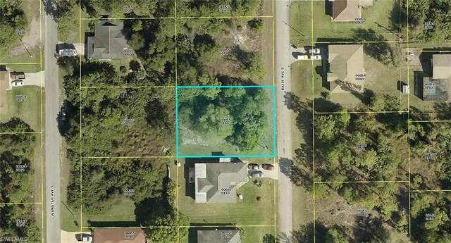 228 Baize Avenue S, Lehigh Acres, FL 33974 (MLS #220069030) :: Medway Realty
