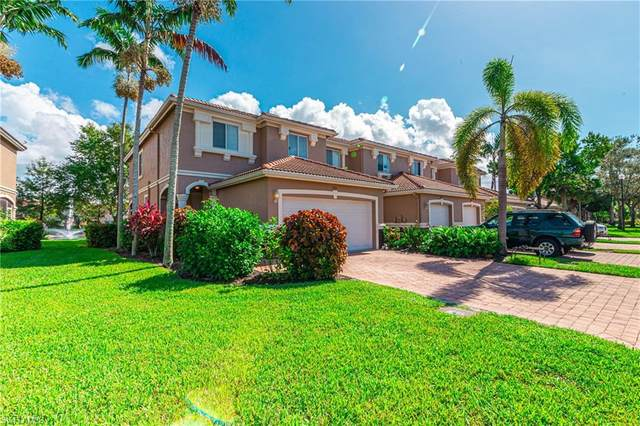 9770 Roundstone Circle, Fort Myers, FL 33967 (MLS #220069596) :: Uptown Property Services