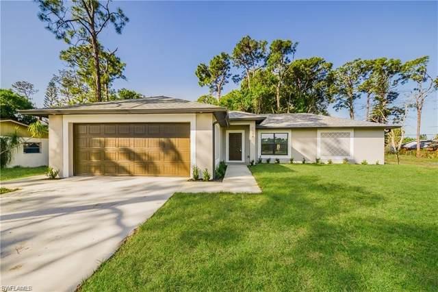 12920 Iona Road, Fort Myers, FL 33908 (#220069631) :: The Dellatorè Real Estate Group