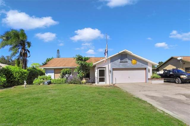 9073 Pineapple Road, Fort Myers, FL 33967 (#220070523) :: Caine Luxury Team