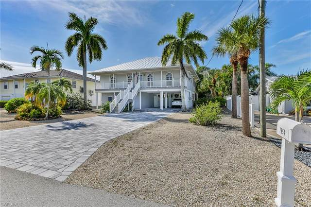 7854 Buccaneer Drive, Fort Myers Beach, FL 33931 (#220071504) :: The Michelle Thomas Team