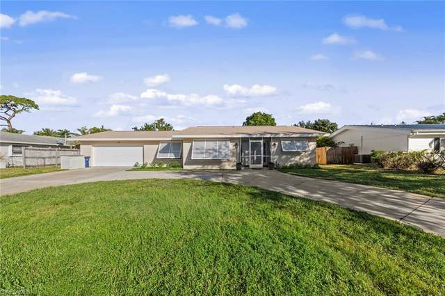 2437 Jasper Avenue, Fort Myers, FL 33907 (MLS #220074208) :: Clausen Properties, Inc.