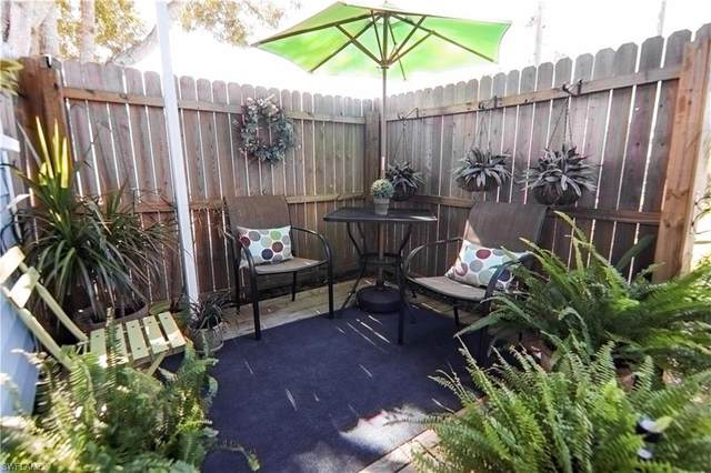 768 Roses Lane, North Fort Myers, FL 33917 (#220074437) :: The Michelle Thomas Team