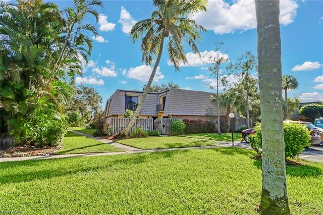4033 Sandlewood Lane #3, Fort Myers, FL 33907 (#220074518) :: The Michelle Thomas Team
