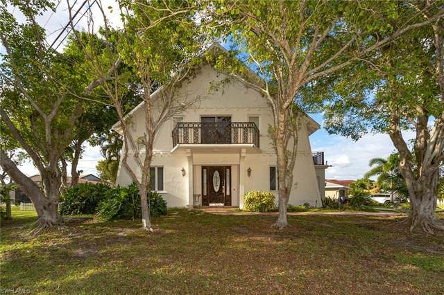 5428 SW 25th Place, Cape Coral, FL 33914 (#220075106) :: Caine Luxury Team
