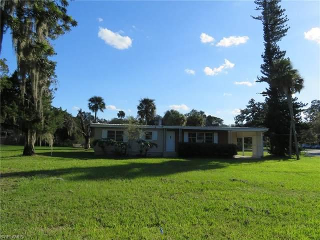 857 E Hickpochee Avenue, Labelle, FL 33935 (MLS #220075520) :: NextHome Advisors