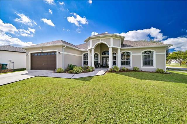 4202 SW 25th Court, Cape Coral, FL 33914 (MLS #220075586) :: RE/MAX Realty Team