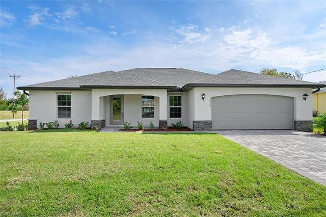1018 NE 6th Place, Cape Coral, FL 33909 (MLS #220075634) :: Team Swanbeck