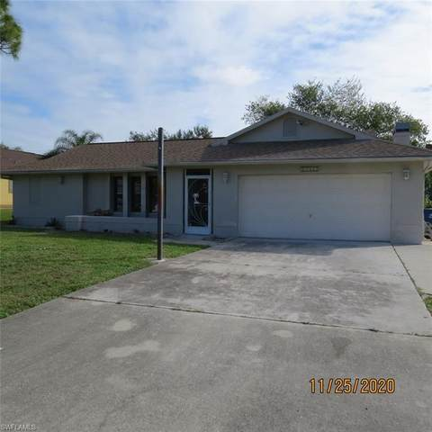 17417 Braddock Road, Fort Myers, FL 33967 (#220075674) :: The Dellatorè Real Estate Group