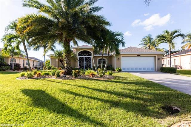 2947 SW 30th Street, Cape Coral, FL 33914 (#220075799) :: Caine Luxury Team
