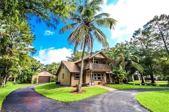 5911 Lancewood Way, Naples, FL 34116 (MLS #220075883) :: Clausen Properties, Inc.