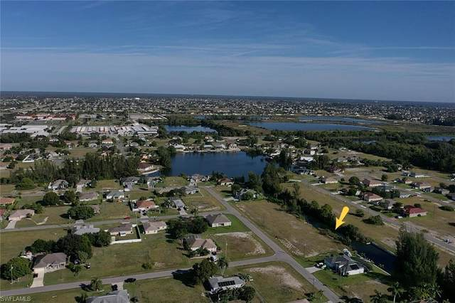 103 NW 14th Avenue, Cape Coral, FL 33993 (MLS #220076046) :: RE/MAX Realty Team