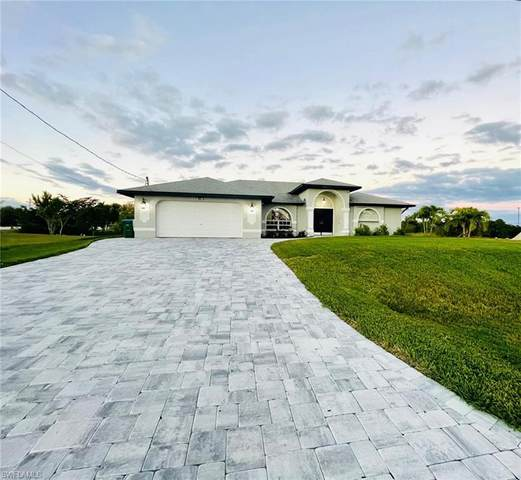 513 SE 13th Street, Cape Coral, FL 33990 (MLS #220076141) :: Premier Home Experts