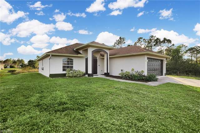 3419 27th Street SW, Lehigh Acres, FL 33976 (MLS #220076378) :: RE/MAX Realty Team