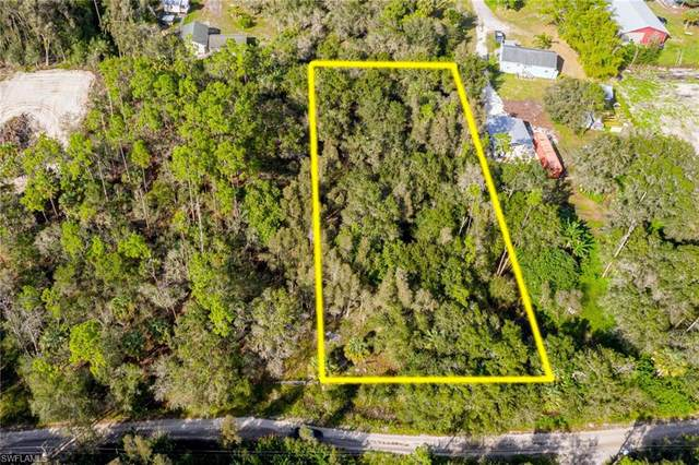 11851 Pine Avenue, Fort Myers, FL 33905 (MLS #220076426) :: The Naples Beach And Homes Team/MVP Realty