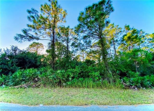 205 Roosevelt Avenue, Lehigh Acres, FL 33936 (MLS #220076477) :: Uptown Property Services