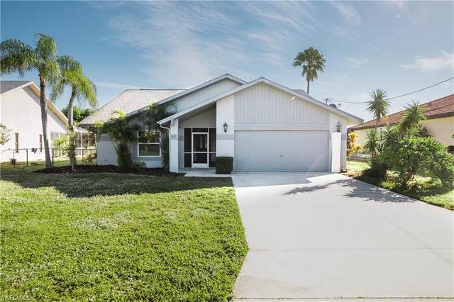 4337 SW 5th Place, Cape Coral, FL 33914 (MLS #220076555) :: The Naples Beach And Homes Team/MVP Realty
