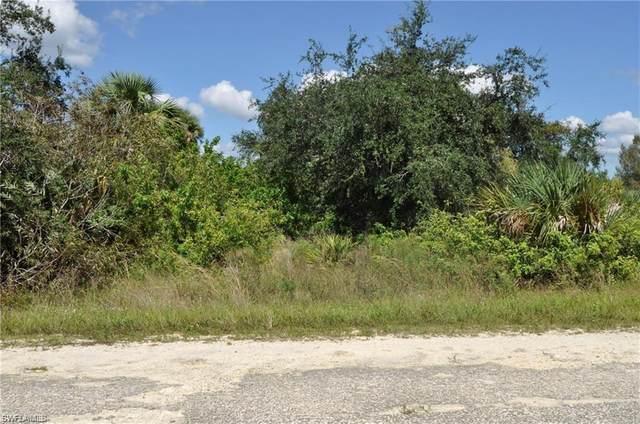 2305 Dogwood Avenue N, Lehigh Acres, FL 33971 (MLS #220076727) :: Coastal Luxe Group Brokered by EXP