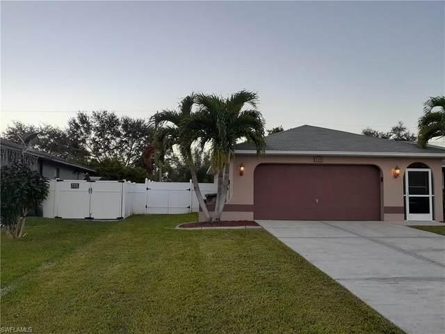 118 NE 17th Avenue, Cape Coral, FL 33909 (MLS #220076769) :: RE/MAX Realty Team