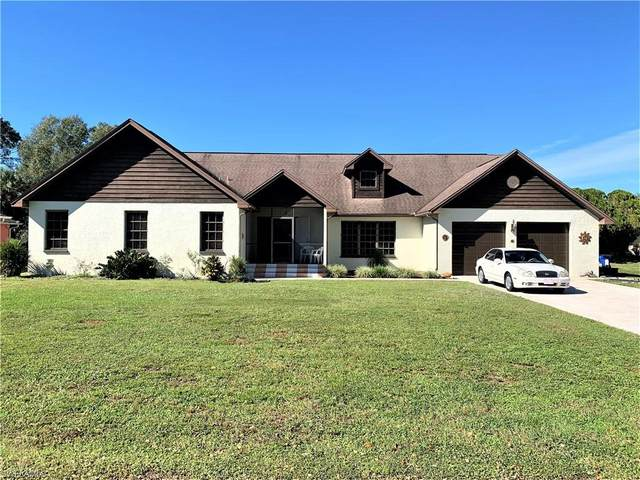 321 Cleveland Avenue, Lehigh Acres, FL 33936 (MLS #220077007) :: Coastal Luxe Group Brokered by EXP