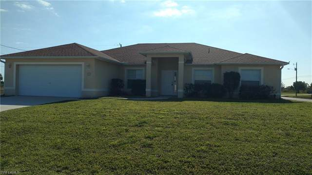 921 Nelson Road N, Cape Coral, FL 33993 (MLS #220077522) :: Team Swanbeck