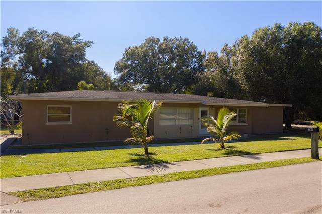 569 Stockton Street, North Fort Myers, FL 33903 (MLS #220078972) :: Realty Group Of Southwest Florida