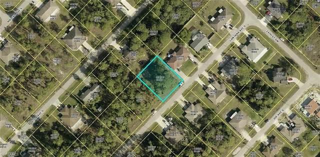 2412/2414 Lantana Avenue S, Lehigh Acres, FL 33973 (MLS #220079047) :: Premier Home Experts