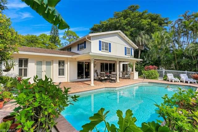 1030 Aqua Lane, Fort Myers, FL 33919 (MLS #220079122) :: Domain Realty